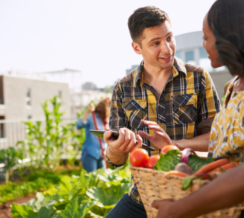 6 Ways Small Business Owners Can Manage Seasonal & Economic Change